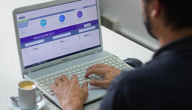 Imagen de la nota Creció 40% el pago de impuestos por Internet